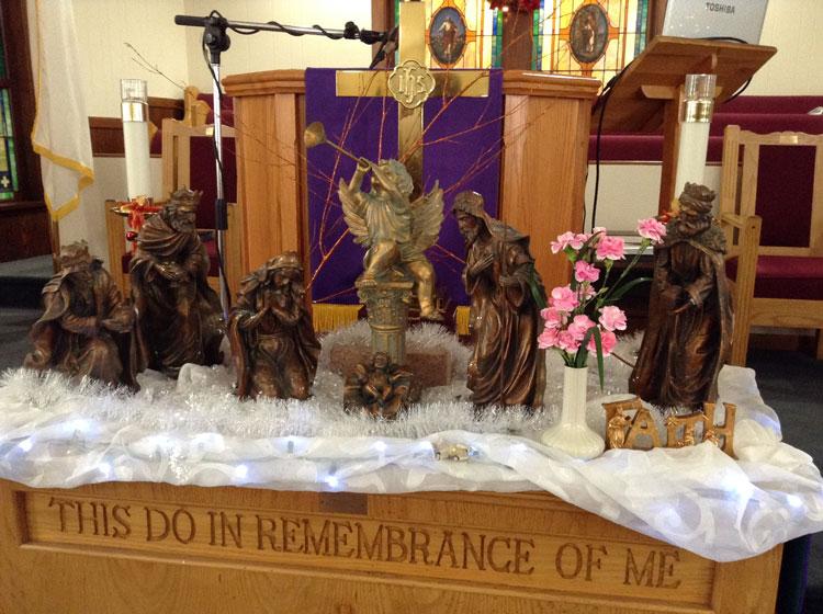 christmas-altar-st-paul-east